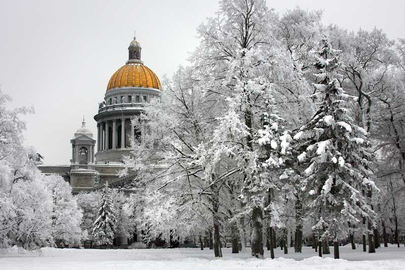winter_St.Isaac's-Cathedral